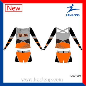 Healong Girls Sublimation Cheap Cusotm Cheerleading Uniforms Sets pictures & photos