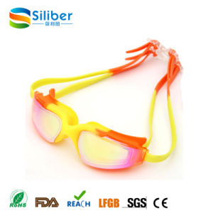 Wholesale Swimming Goggles No Leaking Anti Fog UV Proof Silicone Frame pictures & photos