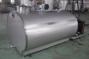 Food Sanitary Stainless Steel 2000L Fresh Milk Collection Tank pictures & photos