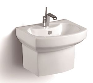 092g Wall Hung Ceramic Basin pictures & photos