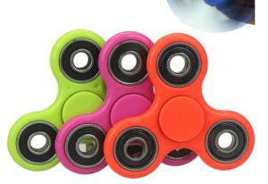 Promotion Anti Stress Finger Gyro About 1.5 Minutes Spinning Top pictures & photos