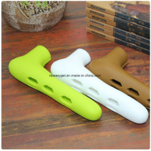 Baby Door Protector Baby Security Protective Silicone Door Knob Covers Childproof Door Handle Cover Esg10152 pictures & photos