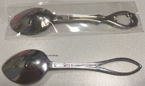 Souvenir Spoon Made in Zinc Alloy or Brass pictures & photos