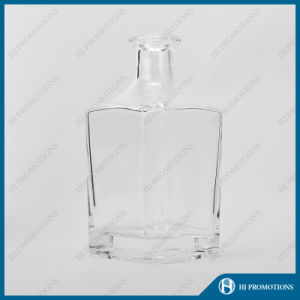700ml Classic Style Liquor Glass Bottle (HJ-GYSN-A02) pictures & photos