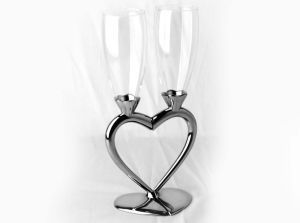 Wedding Fluted Goblet with Heart Design pictures & photos