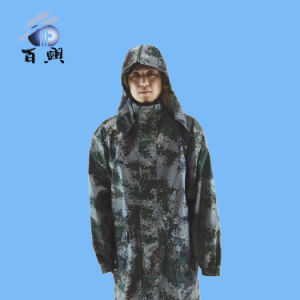 Best Price 190t Camouflage Long Raincoat for Men pictures & photos