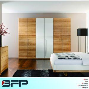 Wood Grain Melamine Laminate Wardrobe Home Furniture pictures & photos