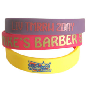 2016 Supply Embossed Wristbands with Color Printed pictures & photos