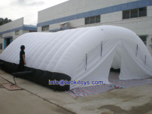 Brend New Inflatable Tent for Sale (A765) pictures & photos