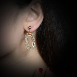 Hot Selling 18K Gold Jewelry Rhionstone Crystal Hoop Earring pictures & photos
