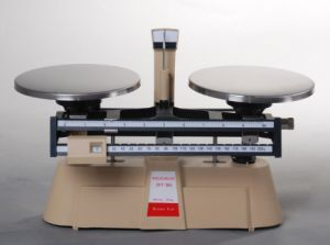 High Quality Double Beam Balance for Sale pictures & photos
