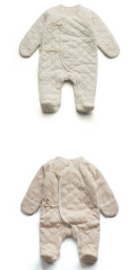100%Organic Cotton Baby Romper for New Born with Shoes pictures & photos