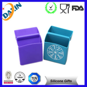 Moderrat Cost Very Cool Offersetprinting Silicone Cigarette Case pictures & photos