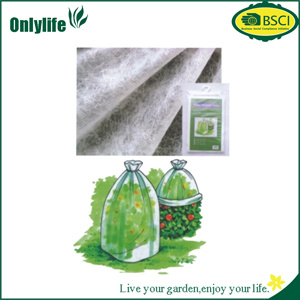 Onlylife Transparent PE/PP Non Woven Fiber Perforated Tomoto Cover pictures & photos