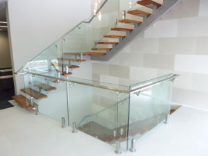 Stainless Stel Handrail Tempered Glass Railing Staircase pictures & photos