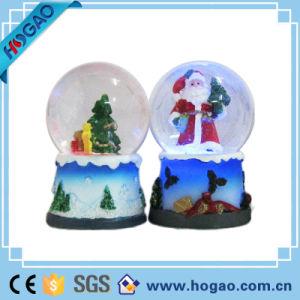 Festive Xmas Santa Snow Globe Fun Decoration Christmas Gift pictures & photos