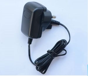 6W 6V/1A Switching Power Adapter pictures & photos