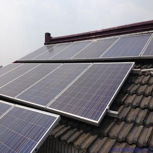 Customized Design 10kw Solar Panel System on Grid 10 Kw Solar Power Systems Home pictures & photos