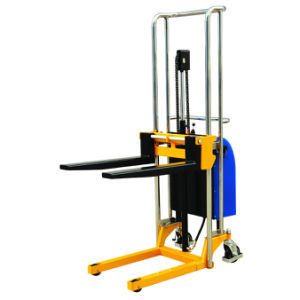 Electric Hydraulic Fork Lift Type Forklift Half Pallet Stacker pictures & photos