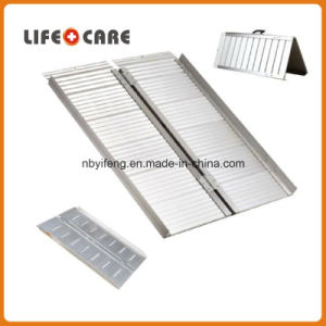 Portable Aluminum Loading Wheelchair Ramp pictures & photos