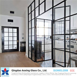 Sheet/Flat Toughened/Tempered Glass for Building/Shelf with Edging/Hole pictures & photos