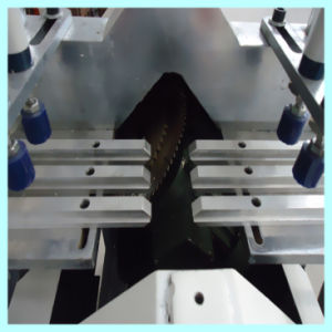 Plastic Window Glass Bead Cutting Machine pictures & photos
