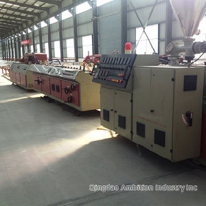 WPC Extruder Line WPC Decking Making Machine pictures & photos
