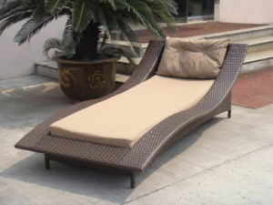 Outdoor Wood Furniture Lounge Bed Beach Chair (T500) pictures & photos