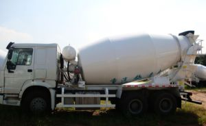 Sinotruk HOWO 6cbm Concrete Mixer Truck 6X4 pictures & photos