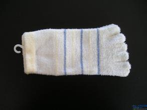 Weihuan (WH) Computerized Feather Yarn and Microfiber Socks Knitting Machine, Half Flocking Socks (WEIHUAN-6FR) pictures & photos