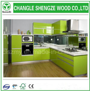 UV Coated 18mm Thick MDF Board for Kitchen Cabinet pictures & photos