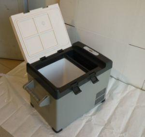 DC Vehicle Compressor Mini Refrigerator pictures & photos