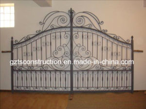 Customzied Ornamental Wrought Iron Gate pictures & photos