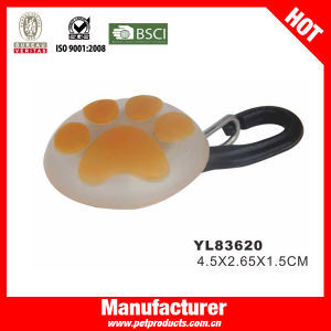 LED Flashing Charm Dog Tag, Pet Product (YL83612) pictures & photos
