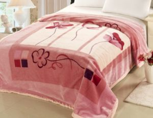 Popular 100% Polyester Raschel Blanket