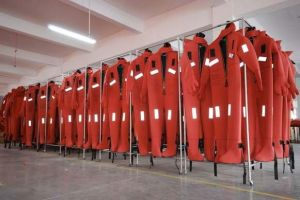 Thermal Insulation Buoyant Immersion Suits/Solas Immersion Suit pictures & photos