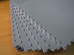PVC Interlocking Tile 500 x 500 x 7mm pictures & photos