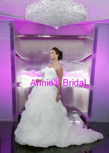 Wedding Dress (A251)