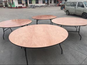 60′′ Banquet Round Wood Folding Table for Wedding pictures & photos