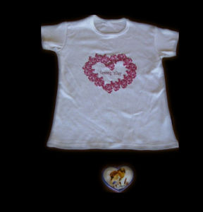 Compressed T-Shirt in Heart Shape (YT-770) pictures & photos