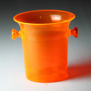 2017 Promotional Plastic Acrylic Ice Bucket pictures & photos