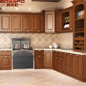 U Shape Oak Solid Natural Wood Kitchen Cabinet (GSP10-007) pictures & photos