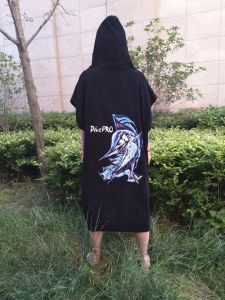 Hot Sale Hoody Towel for Surfing pictures & photos