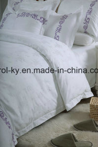 High Quality Cotton Full Bed Linen for Hotel Bedding pictures & photos