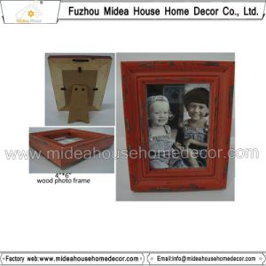 Solid Wood High Quality Baby Photo Frame pictures & photos