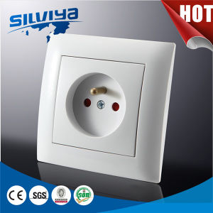 French 2p Socket with Safe Door with Ce Certificate pictures & photos