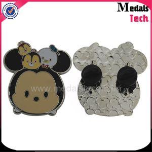Custom Design Cheap 2D 3D Metal Lapel Pin Badge pictures & photos