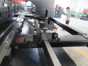 Tr3512 Electro-Hydraulic Servo Sheet Metal Plate Underdrive CNC Bending Machine pictures & photos