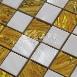 High Quality Dye Shell Mother of Pearl Mosaic Tile pictures & photos