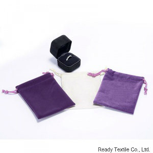Violet Velvet Drawstring Jewelry Bag pictures & photos